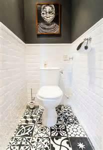 bathroom tile ideas for showers déco wc noir et blanc et carrelage sol motifs patchwork