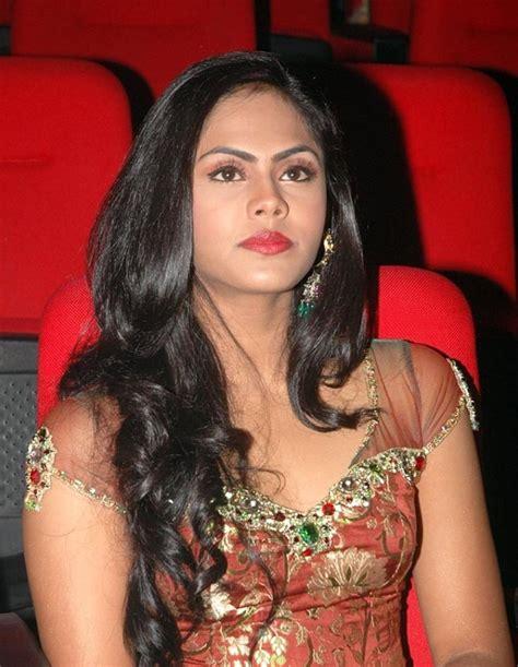 actress karthika nayagan actress malayalam pictures karthika old malayalam actress