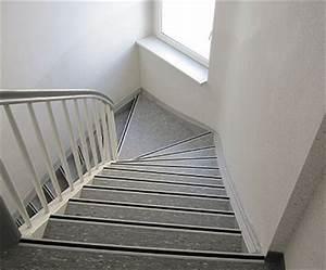 Reinigung Treppenhaus Mehrfamilienhaus : mehrfamilienhaus bochum bodenbel ge kaja ~ Markanthonyermac.com Haus und Dekorationen