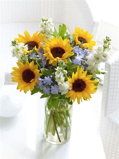 sunflower hand tied interflora floristika pinterest