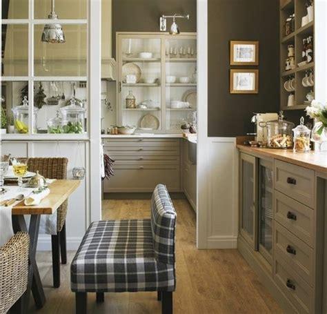 couleur mur cuisine cuisine taupe 51 suggestions charmantes et très tendance