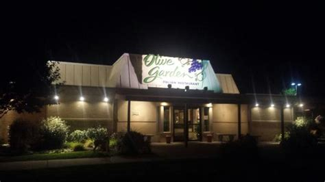olive garden altoona pa your typical olive garden restaurant review of olive
