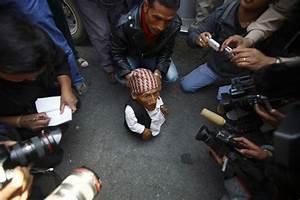 Chandra Bahadur Dangi: Is He The World's Shortest Man ...