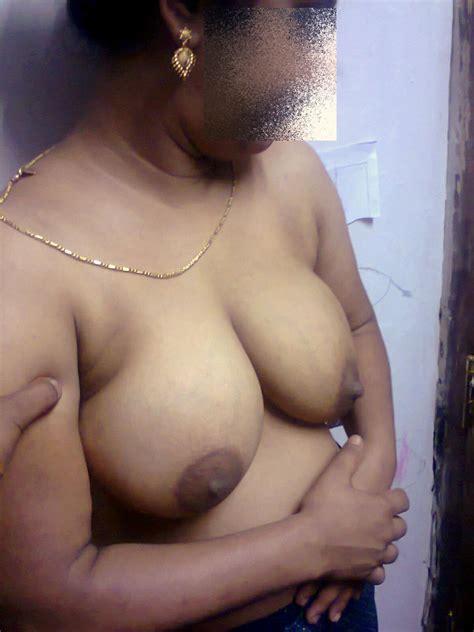 sexy indian bhabhi big boobs photos