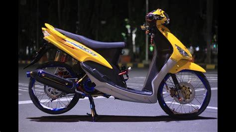 R Thailand Style by Modifikasi Simple Mio Sporty Thailand Style