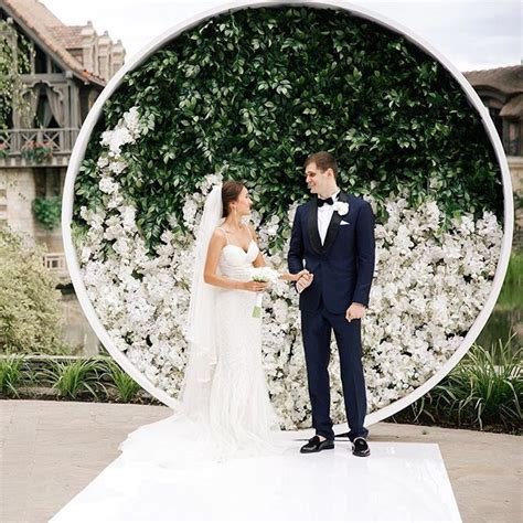 Circular Floral Wall Wedding Backdrop Backdrops Photo