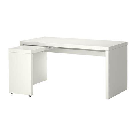 bureau de travail ikea malm bureau avec tablette coulissante blanc ikea