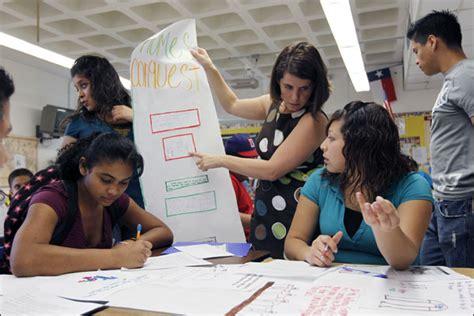texas district targets teachers  ell training
