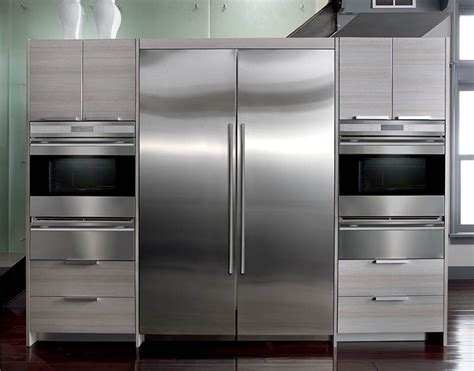 "Subzero IC 27R 27"" Integrated Column All Refrigerator"