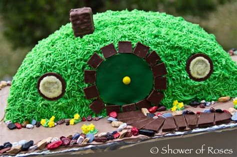 26 birthday cake party ideas tip junkie 21 amazing hobbit birthday party ideas tip junkie