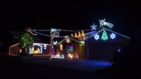 christmas light displays near you lights back on for 2016 busselton dunsborough mail