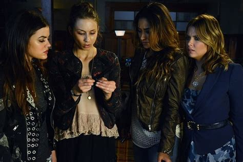 'Pretty Little Liars' Spoilers: Who Returns, Who Pops Pills?