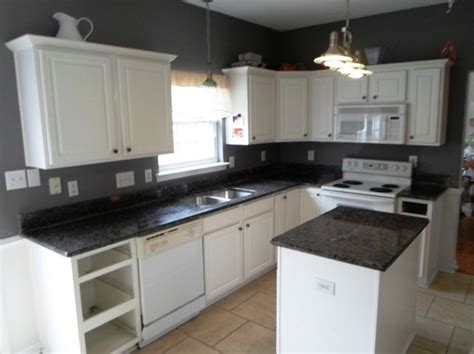 White Kitchen Cupboards With Black Countertops by Home Accessories Stunning Uba Tuba Granite With White