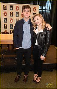 Nick Robinson and Chloe Moretz