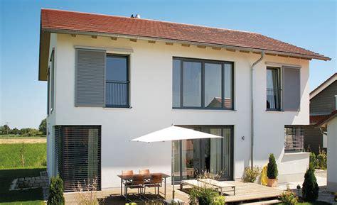 Nach Dem Streichen Fenster Auf Oder Heizung An by Holz Aluminium Oberfl 228 Chen Materialien Fenster