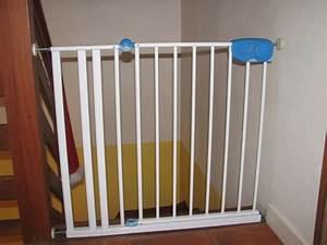 Barriere De Securite Escalier : barri re de s curit pour escalier a vendre pour bebe ~ Melissatoandfro.com Idées de Décoration