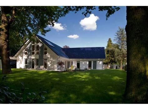 Zweite Haus Villa Fuer Die Zweite Lebenshaelfte Einfamilienhaus Mit Einliegerwohnung Elw
