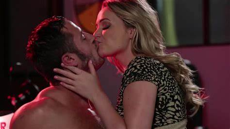 Castingcouchx Mia Malkova Hops Up And Down On Huge Prick