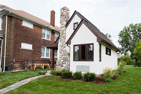 small house in tiny house town tiny houses in detroit