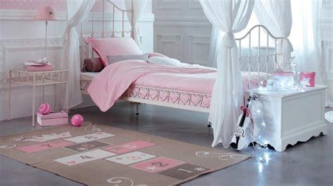 un coup de 224 la chambre de ma fille pour moins de 200 euros