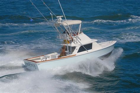 Flats Boats Offshore by Bertram Classic Must Classic Boating
