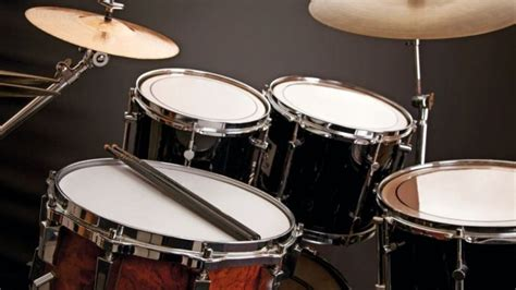 Drum set pearl reference rhythm blue t 7 piece citra intirama. 11 Alat Musik Modern, Gambar, Penjelasan Dan Cara Memainkannya