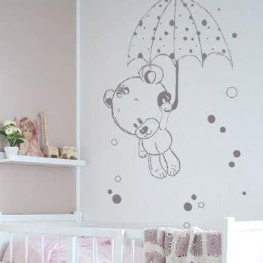 stickers chambre bébé ourson stickers nounours et parapluie