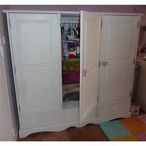 Petite Armoire Blanche : armoire blanche pin massif 3 portes f m la boutique ~ Teatrodelosmanantiales.com Idées de Décoration