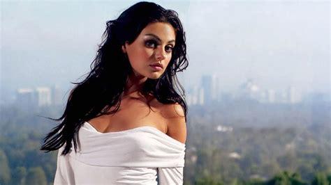 Top 10 glamorous women world - YouTube