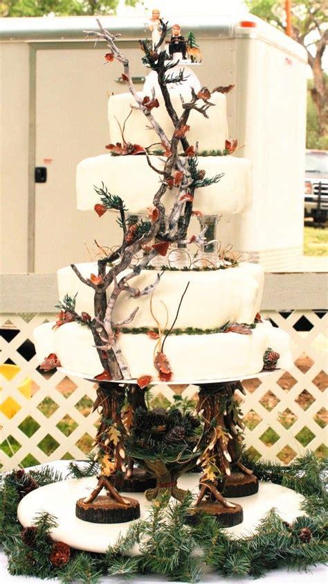 incredible fall wedding cakes  wow deer pearl