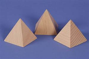 Pyramide Aus Holz Selber Bauen : geo k rper pyramiden gro e pyramide aus holz buche 60mm ~ Lizthompson.info Haus und Dekorationen