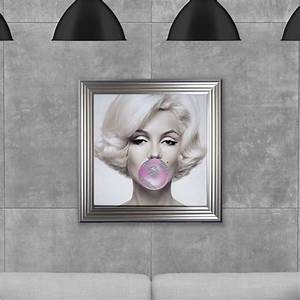 Marilyn monroe photo frame marilyn monroe bubble gum pop for Kitchen cabinets lowes with wall art marilyn monroe