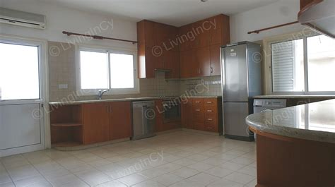 bedroom apartment  rent  strovolos