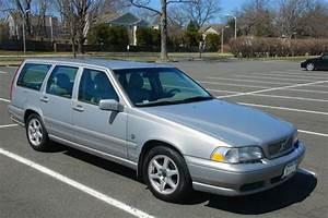 Buy Used 1999 Volvo V70 Base Wagon 4