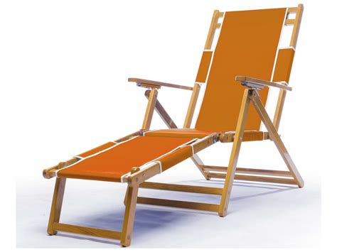 frankford umbrellas wooden lounge chair with footrest fc101