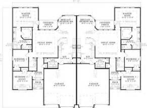 smart placement two storey duplex house plans ideas best 25 duplex house plans ideas on duplex