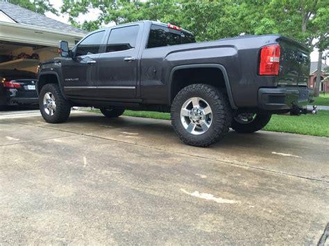 leveled lml  stock  wmud tires   pics