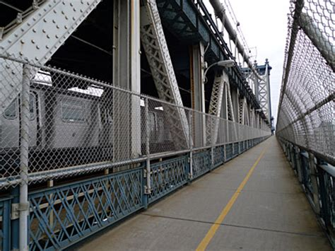 walk  manhattan bridge   manhattan  canal