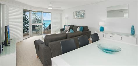 One Bedroom Apartments Wi by 1 Bedroom Burleigh Heads Apartments Solnamara