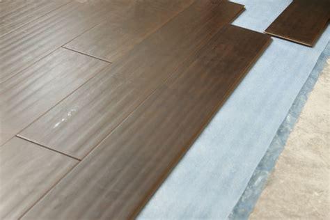 laminate wood flooring in mobile home man installing new laminate wood flooring mobile and