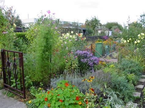 Garten Im Herbst Arbeiten by Ziergarten Arbeiten Im September