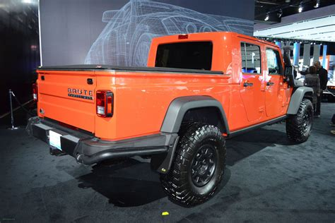 jeep wrangler orange   jeep
