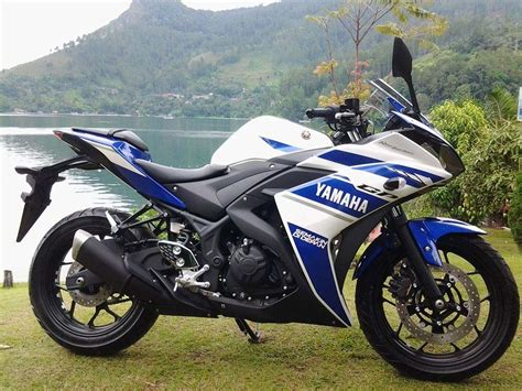 Yamaha R25 Backgrounds by Yamaha Yzf R25 Debuts In Indonesia Asphalt Rubber
