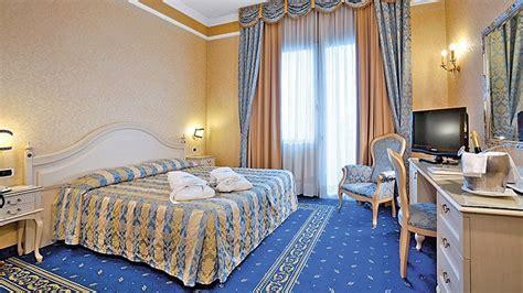Viaggi A Abano Terme, Veneto  Hotel Terme Helvetia