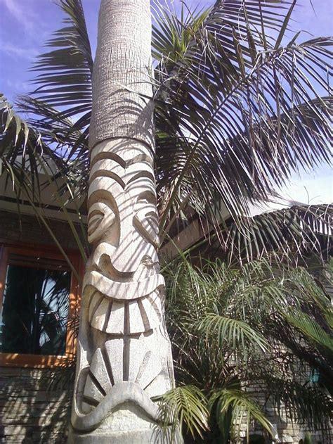 Palm Tiki palm tree tiki chainsaw tiki and wood carving