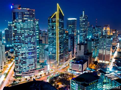 pros  cons  living   city makati philippine