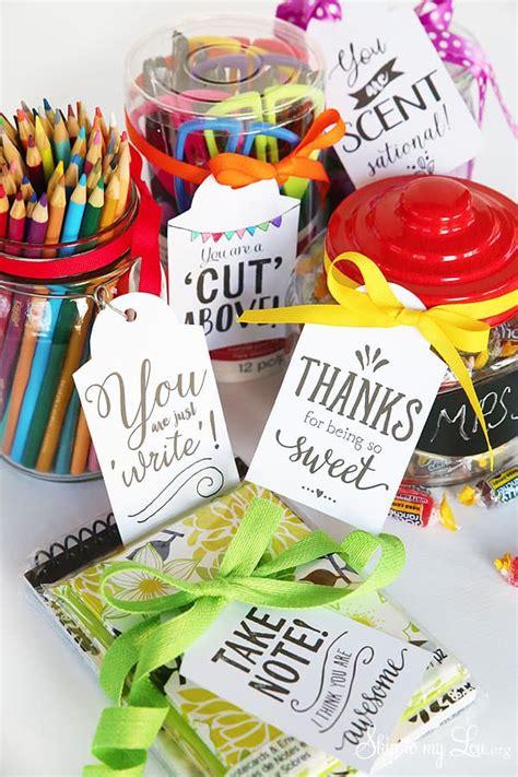 cutest teacher gifts ideas   printable gift tags