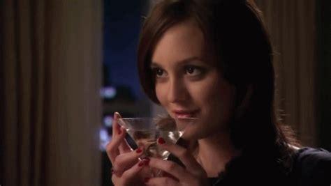 girl doesnt    drink  cocktails