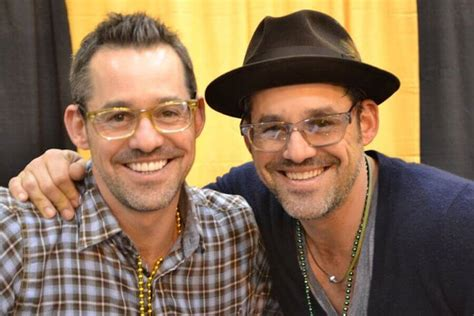 Nicholas brendon is also charged with a misdemeanor for allegedly failing to properly identify himself when buffy the vampire slayer actor nicholas brendon arrested for alleged prescription fraud. The Most Surprising (And Obvious!) Celebrity Twins | Popcornews - Part 33