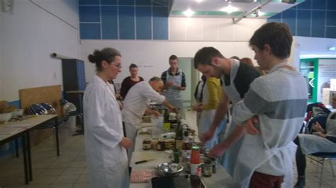 atelier cuisine angers des ateliers de cuisine pour les étudiants angevins bio consom 39 acteurs